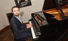 Российский пианист Даниил Трифонов номинирован на премию «Грэмми»