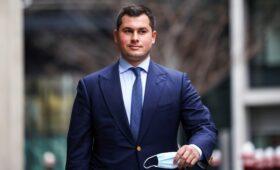 Сын миллиардера Ахмедова сообщил о его реакции на потерю $50 млн