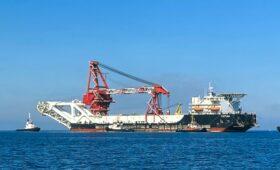 Строящее «Северный поток-2» судно вновь сменило владельца