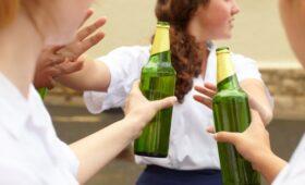 Три периода жизни, в которые алкоголь особенно опасен для мозга