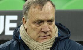 Бывший тренер сборной России Дик Адвокат заявил о завершении карьеры