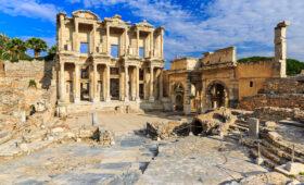 В Турции обнаружен 2500-летний храм Афродиты