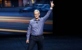 Заработок главы Apple из-за продаж ноутбуков за год вырос на 27%