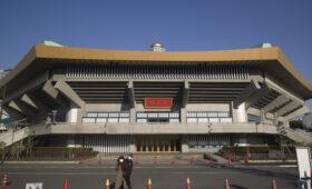 Олимпиаду в Токио перенести «слишком сложно»: потребуется чем-то пожертвовать