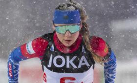 «В кругу семьи»: три биатлонистки России вошли в топ-10 первой гонки Антхольца