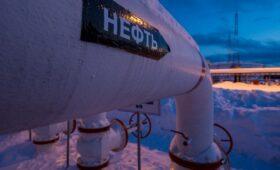 Казахстан остановил транзит нефти через Россию из-за морозов