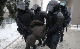 Путин ужесточил наказание за неповиновение силовикам на митингах