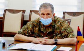 Президент Армении отказал Пашиняну в увольнении главы Генштаба