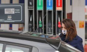 На Дальний Восток поставили бензин с трех НПЗ для устранения дефицита