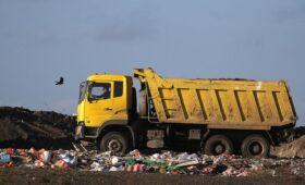 Генпрокуратура уличила мусорную госкомпанию в сверхрасходах на зарплаты