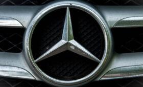 Mercedes отзывает более миллиона автомобилей из-за неисправности