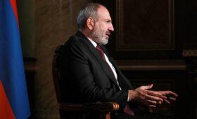 Пашинян назвал попыткой переворота требование военных об отставке