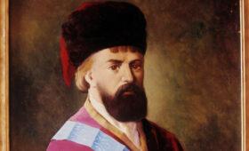 Трубка Пугачева и клыч Николая II: в Петербурге открылась выставка по истории казачества