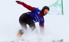 Российский сноубордист Логинов стал трехкратным чемпионом мира