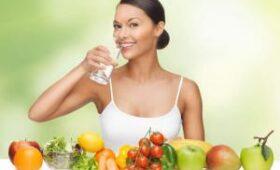 Диетологи подсказали, как похудеть после праздников