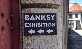 В США сожгли картину Бэнкси