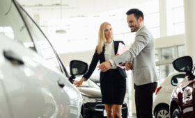 Названо лучшее время в году для покупки автомобиля