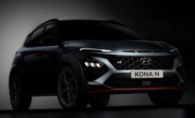 Hyundai раскрыла облик Kona N: красные акценты и «двухкрылый» спойлер на багажной двери