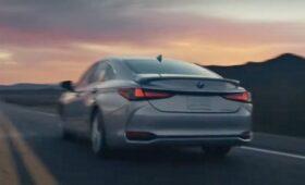 Обновлённый Lexus ES засвечен на видео: перемен во внешности немного