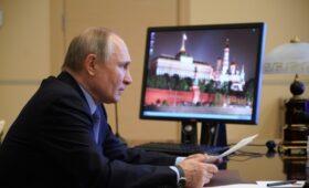 Путин пригрозил губернаторам поместить их в ловушку за бюджетные долги