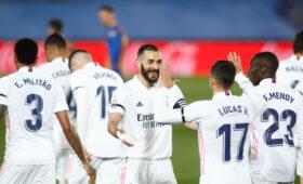 «Реал» обыграл «Барселону» и возглавил таблицу чемпионата Испании