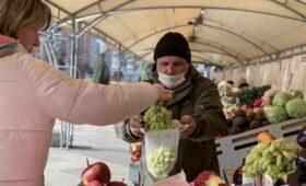 Веерные соцвыплаты снизили бедность в России до минимума с 2014 года