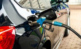 Старое топливо может нанести вред автомобилю