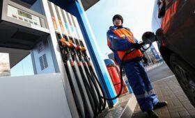 Минэнерго назвало цену бензина на 5 руб. ниже справедливой