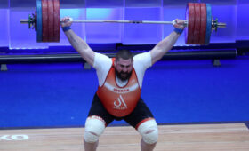 Грузинский тяжелоатлет Талахадзе установил мировой рекорд на чемпионате Европы в Москве