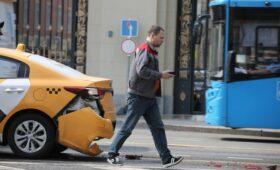 СМИ узнали об инициативе страховщиков поднять тарифы ОСАГО для такси
