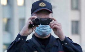 «Белсат» сообщил о визите силовиков в студию и задержании сотрудников