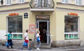 Мантуров не увидел угрозы для конкуренции из-за бума сделок M&A в ретейле