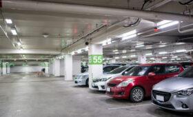 Окупится, но нескоро: как выгодно купить парковочное место в Москве?