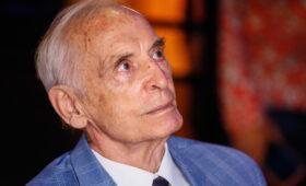 Звезду в память о Василии Лановом открыли на «Аллее славы» в Туле