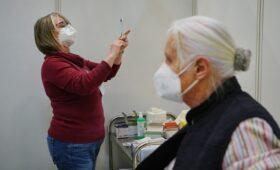 Доля вакцинированных в Евросоюзе с апреля выросла почти в три раза