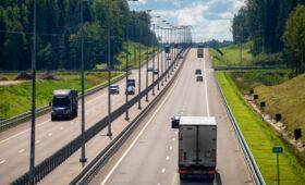 Максимальная разрешенная скорость движения выросла на трассе Москва – Петербург