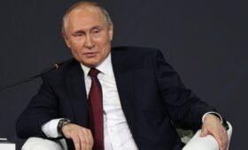 Путин заявил о нежелании отказываться от доллара как от резервной валюты