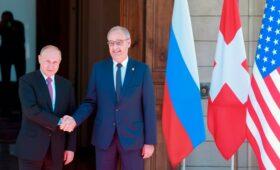 Президент Швейцарии сообщил о предложении Путина сотрудничать по вакцинам