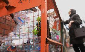 Coca-Cola и Danone предложили закупить баки для раздельного сбора мусора