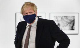 Джонсон пригрозил новым витком торговой войны с Евросоюзом
