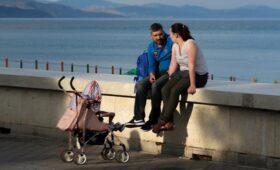 Российские семьи в пандемию оценили доход для сведения концов с концами