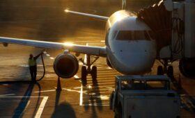 СМИ узнали о планах ЕС ввести налог на авиатопливо