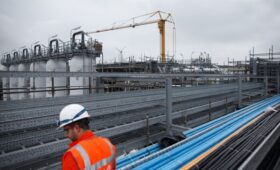 Bloomberg узнал о предварительной договоренности ОПЕК+ и ОАЭ по нефти