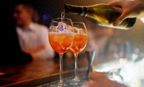 Авторы закона «против Moet» объяснили понятие «российское шампанское»