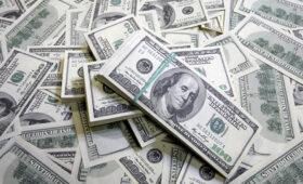 Приток валюты на счета населения в банках достиг максимума за четыре года — ПРАЙМ, 23.08.2021