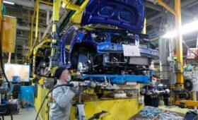 BCG спрогнозировала сокращение производства авто из-за дефицита чипов»/>