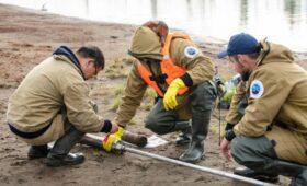 Власти заявили о продолжающемся загрязнении воды после аварии в Норильске»/>