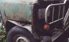 Авто из 90-х: умелец создал гибрид «уазика» и BMW (ФОТО)