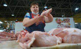 Минфин исключил введение налога на мясо в России»/>