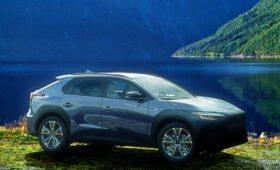 Кроссовер Subaru Solterra показал, каким будет серийный электрокар Toyota